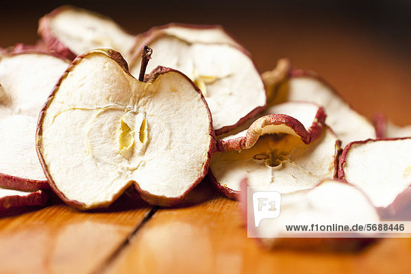 Nahaufnahme von getrockneten Apfelscheiben
