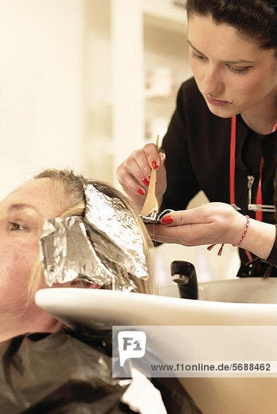 Hair Stylist Färbung Kunden Haare