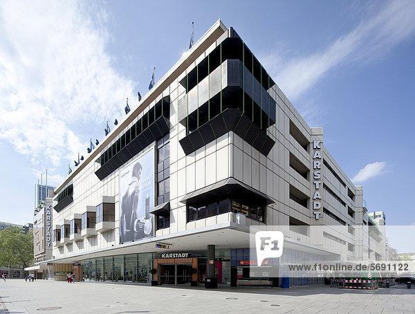 Warenhaus Karstadt an der Zeil  Frankfurt am Main  Hessen  Deutschland  Europa  ÖffentlicherGrund