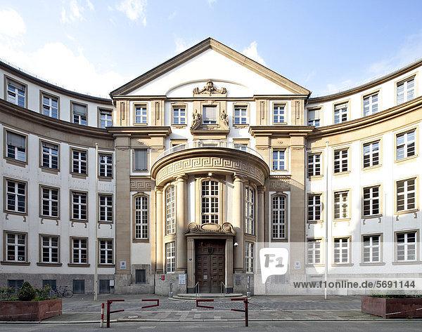 Justizpalast Frankfurt,  Gebäude B,  Oberlandesgericht,  Landgericht,  Amtsgericht Staatsanwaltschaft,  Frankfurt am Main,  Hessen,  Deutschland,  Europa,  ÖffentlicherGrund