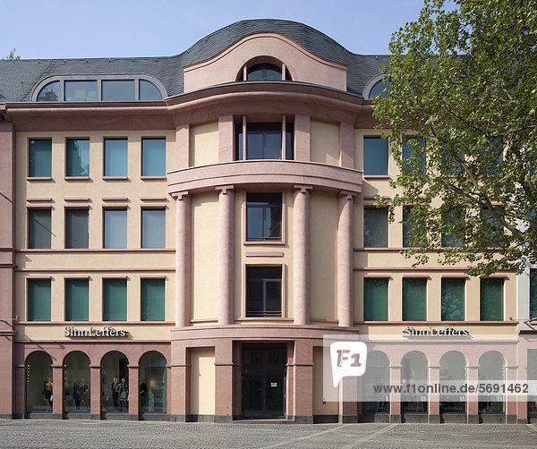 Geschäftshaus am Markt  Mainz  Rheinland-Pfalz  Deutschland  Europa  ÖffentlicherGrund
