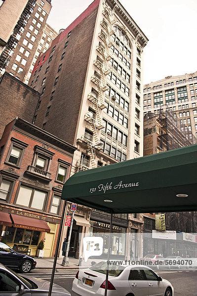 Vereinigte Staaten von Amerika USA New York City Fifth Avenue Manhattan