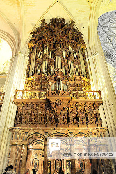 andalusien europa giralda kathedrale santa maria de la sede kathedrale von sevilla sevilla. Black Bedroom Furniture Sets. Home Design Ideas
