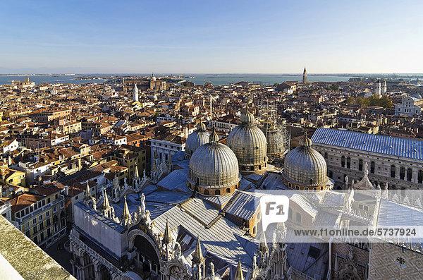 Kuppel Europa Ansicht Kirchturm Venetien Italien