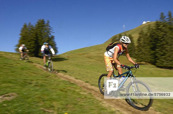 Mountain bikers  Mt Hohe Salve  Kitzbuehel Alps  Tyrol  Austria  Europe