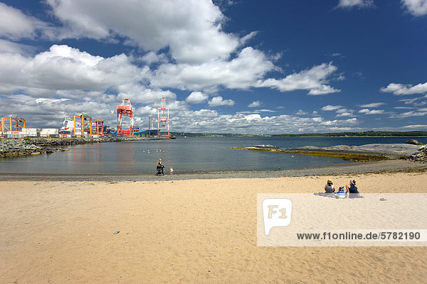 Strand  Point Pleasant Park  Halifax  Nova Scotia  Kanada