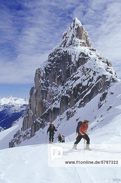 Hinterland Skifahrer Skitouren auf Bugaboo Gletscher  British Columbia  Kanada.