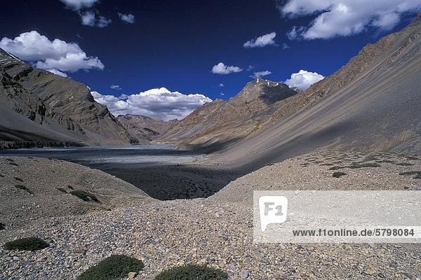 Tal des Pare oder Paru Chhu bei Dutung  Kibber-Karzok-Trek  Himachal Pradesh  indischer Himalaya  Nordindien  Indien  Asien