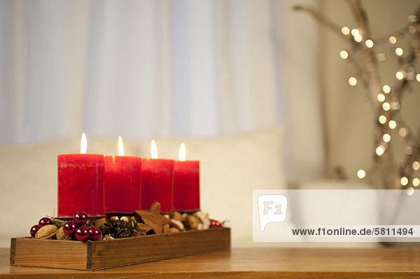 verbrennen Kerze Tisch