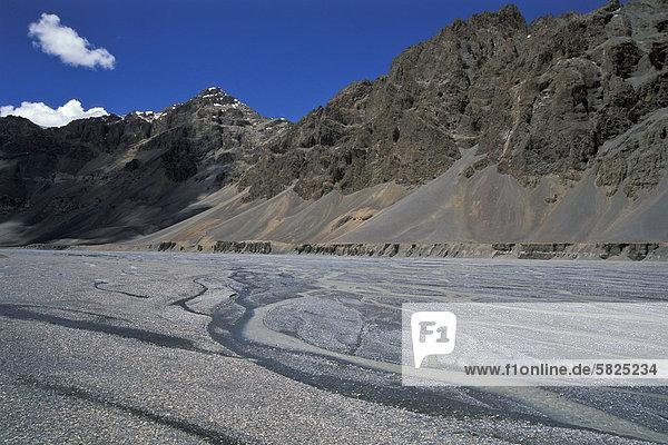 Tal des Pare oder Paru Chhu bei Dutungü nahe tibetischer Grenzeü Kibber-Karzok-Trekü Himachal Pradeshü indischer Himalayaü Nordindienü Indienü Asien