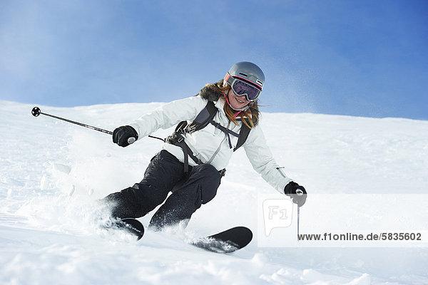 Skifahrer  Schnee  Skisport  Hang
