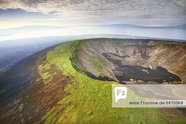 Vulkan Kaldera (Antenne)  Isabela Island  Galapagos-Inseln