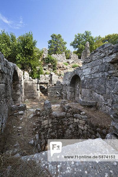 Römisches Bad  antike Stadt Phaselis  Lykien  Türkei  Kleinasien