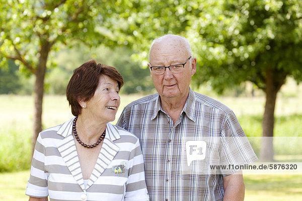 Elderly couple  retirees  70-80 years old  Bengel  Rhineland-Palatinate  Germany  Europe