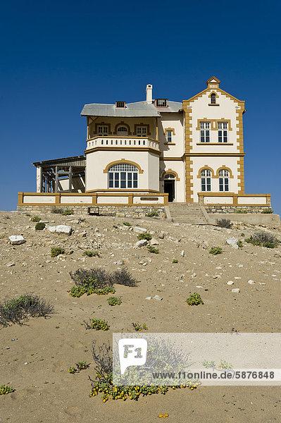 Manager Wohnhaus Vernichtung Namibia Afrika Kolmanskop Bergwerk Grube Gruben