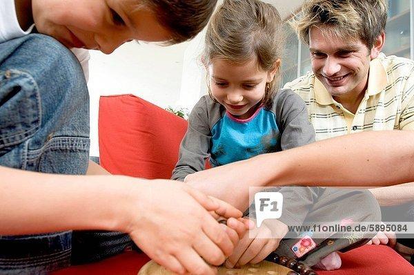 Menschliche Eltern  2  spielen