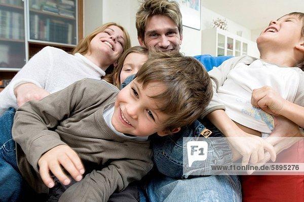 Menschlicher Vater  3  Mutter - Mensch