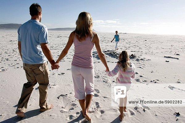 Strand  Mittelpunkt  Rückansicht  Ansicht  2  Erwachsener