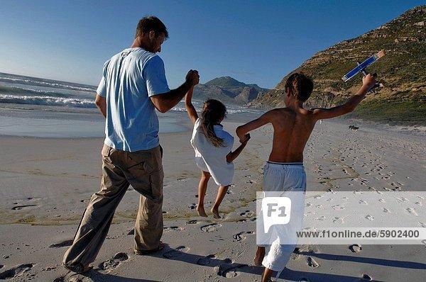 Mann , tragen , Sohn , Mittelpunkt , Rückansicht , Ansicht , Mädchen , Erwachsener