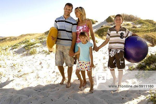 gehen  Strand  Mittelpunkt  2  Erwachsener