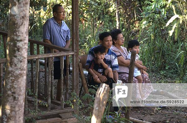 Wohnhaus Garten Hinterhof Thailand