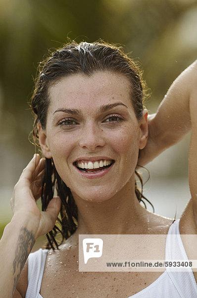 Portrait  Frau  Mittelpunkt  Erwachsener  Haar