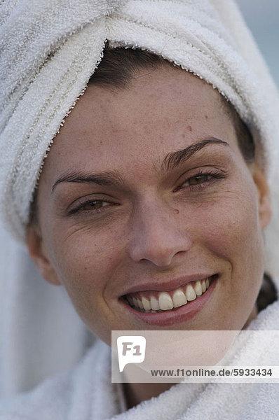 Portrait  Frau  lächeln  Mittelpunkt  Erwachsener