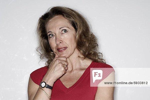 Frau  Close-up  close-ups  close up  close ups  denken  reifer Erwachsene  reife Erwachsene