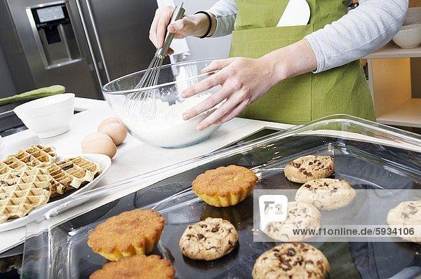 Anschnitt  Frau  Produktion  Kuchen  Mittelpunkt  Ansicht