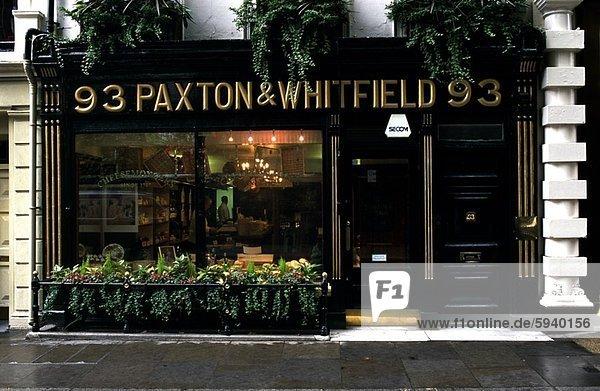 Fassade eines Geschäftes  Paxton und Whitfield Shop  London  England. Fassade eines Geschäftes  Paxton und Whitfield Shop  London  England