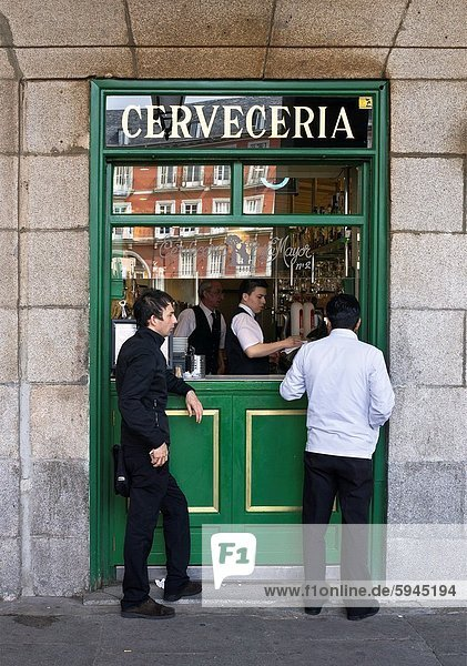 Madrid  Hauptstadt  Stadtplatz  Tapas  Bürgermeister  Spanien