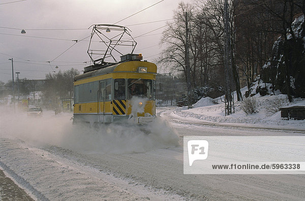 Schnee-Clearing Straßenbahn  Helsinki  Finnland  Skandinavien  Europa