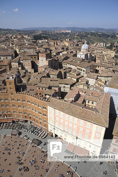 Piazza del Campo  UNESCO World Heritage Site  Siena  Tuscany  Italy  Europe