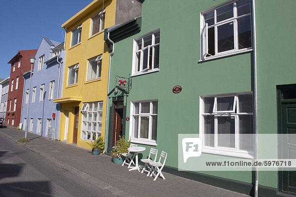 Reykjavik Hauptstadt Gebäude Straße streichen streicht streichend anstreichen anstreichend Helligkeit Island alt