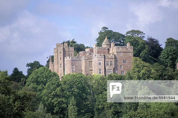 Dunster Castle (Eigenschaft vom National Trust)  Dunster  Somerset  England  Vereinigtes Königreich  Europa