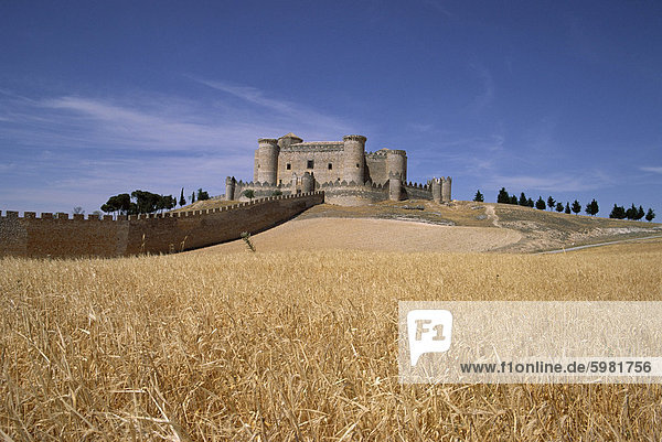 Castle and walls  Belmonte  Castilla La Mancha  Spain  Europe