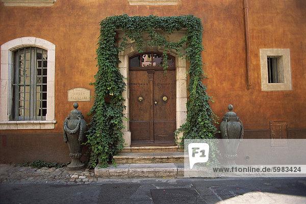 Detail der Fassade der Villa Palatine  Hyeres  Provence  Frankreich  Europa