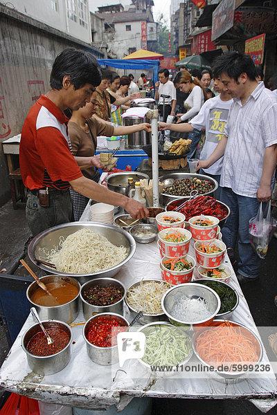 Lebensmittelmarkt in Wuhan  Hubei Provinz  China  Asien