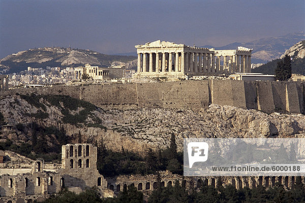 Die Akropolis  UNESCO-Weltkulturerbe  Athen  Griechenland  Europa