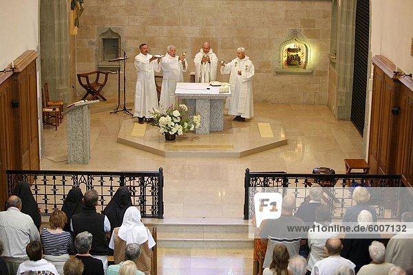 Masse in Carmel du Reposoir Kloster  Le Reposoir  Haute-Savoie  Frankreich  Europa