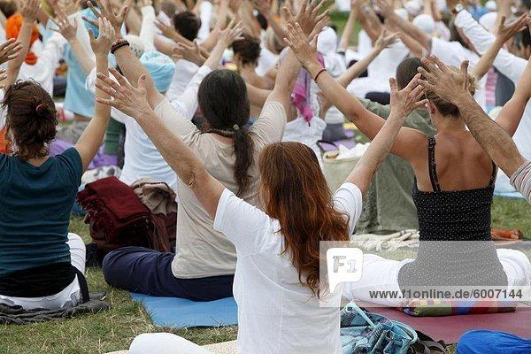 Kundalini Yoga Festival  Mur-de-Sologne  Loir-et-Cher  Frankreich  Europa