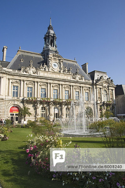 Das Rathaus in der City von Tours  Indre et Loire  Loire-Tal  Centre  Frankreich  Europa