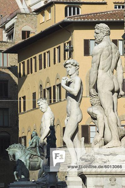 Marmorstatuen  Piazza della Signoria  Florenz  Toskana  Italien  Europa