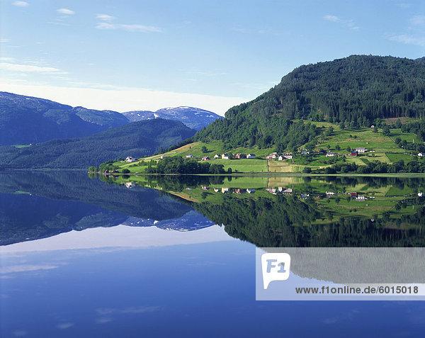 Lake Granvinvatnet  Voss  Norway  Scandinavia  Europe