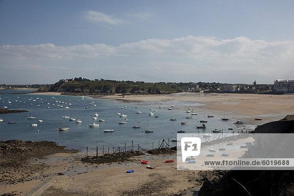 Bucht von St. Lunaire  Ille-et-Vilaine in der Bretagne. Frankreich  Europa