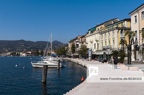 Lungolago Zanardelli  Salo  Gardasee  Lombardei  italienische Seen  Italien  Europa