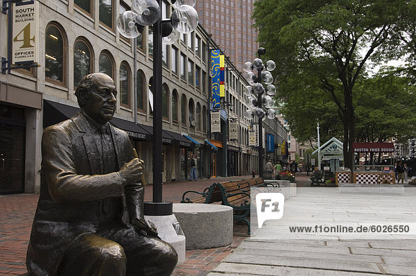 Statue in Quincy Market at Faneuil Hall Marketplace  Boston  Massachusetts  New England  United States of America  North America