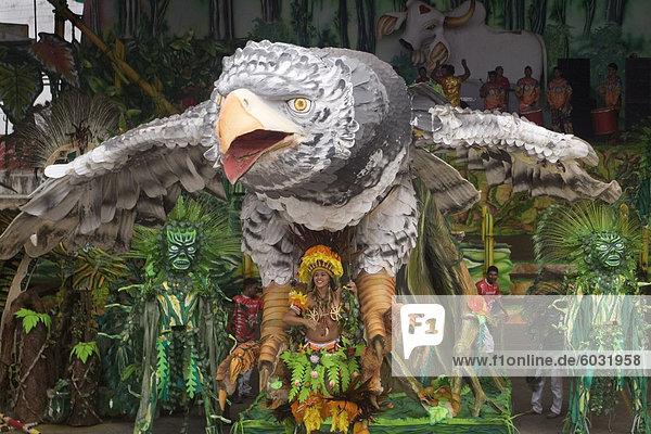 Boi Bumba Karneval  Parintins  Tupinambarana Insel  Amazonas  Brasilien  Südamerika