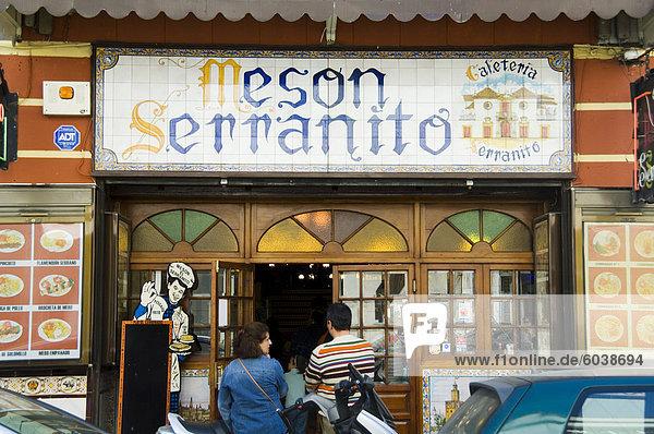 Tapas-Bars und Restaurants in der Umgebung von El Arenal in der Nähe der Stierkampfarena  Sevilla  Andalusien  Spanien  Europa