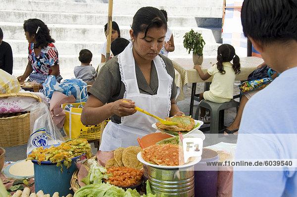 Markttag in Zaachila  Oaxaca  Mexiko  Nordamerika